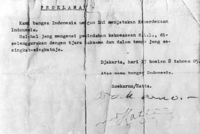 Rhia Munaria Asari: Peristiwa Rengasdengklok Perdebatan ...